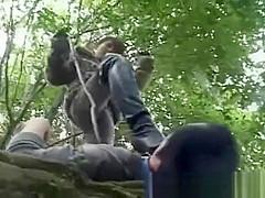 脱走したM男が山奥でニーハイブーツを履いた女王様から顔面を踏みつけられる