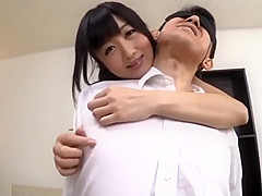 【大槻ひびき】たっぷりと淫語を囁かれフル勃起チ○ポに手コキで発射