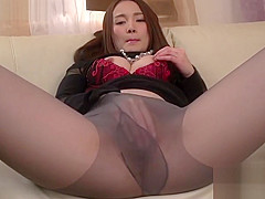 Hot asian masturbate on toy and can't wait to suck a dick