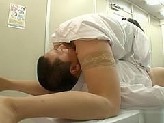 Wild nurse Natsumi Kitahara has a secret treatment for her patients.