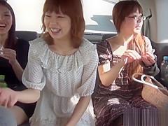 Kinky japan teens peeing