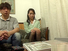 Alluring Japanese AV Model masturbates and gets creamed