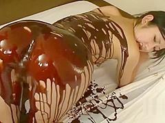 Jav Idol Suzu Ichinose Covered In Chocolate And Cream Fucked In Many Positions Bizarre Sex