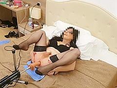 Simona has fun with her sex machine -part 2-