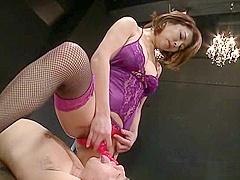Sizzling hot Shinobu Igarashi loves nasty sex