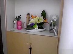 【矢沢まなみ】107CMIカップ爆乳お姉さんがお風呂でフェラやパイズリからの高速手コキで発射!