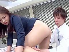 【向井恋】巨乳OLお姉さんが男性社員2人からセクハラ受けながらも電話応対
