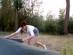 【長谷川るい】彼女とキャンプ場のテントの中でいちゃついて、そのまま外でセックス