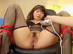 The Pussy Abuse Of Japanese Harlot Runa part2