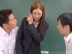 【雨宮琴音】スレンダーな女教師が生徒に命令されて下着姿になる