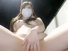 Barely Legal Japanese Teen 拾う Exposure & Masturbation At Public Road Live