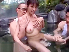 Japanese sexy wife outdoor sex with friends
