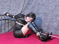 Secret Agent Akari Bound and Gagged on the Bed