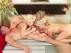 Japanese Babe Gives Slippery Nuru Massage And Suck Dick 03