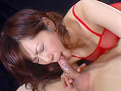 Cum on her tongue - Amorz