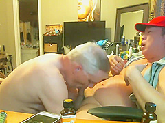 MARRIED WHITE DUDE STOP BY AFTER WORK TO GET SOME FRESH ASIAN SPERM !!