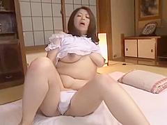 加山なつこ フェラ&オtニー(Japanese bbw natsuko kayama)