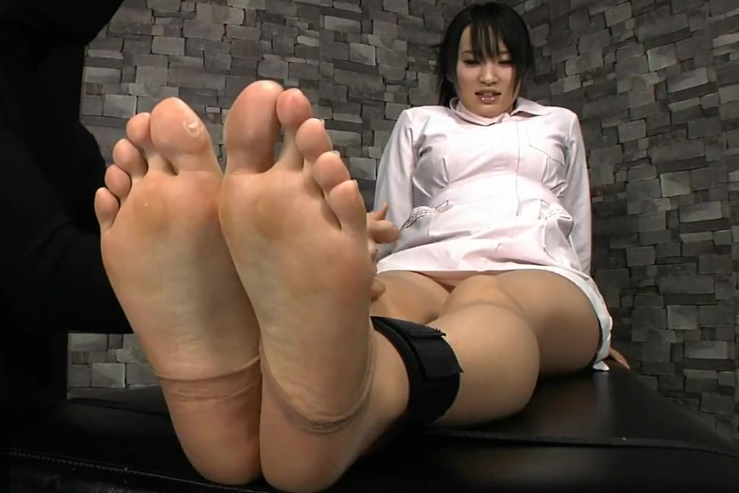 Ebony Feet Tickle Worship