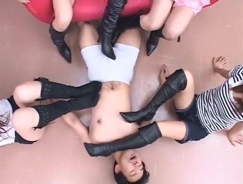 Murase Yuuka Fuyuno Mizuki Ao Sakisenna Ai Tayunaru in 2 Black Boots