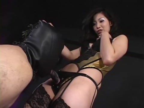 Masshiro Neko in BEST Volume.2 Sexual Feeling Strap-on Dildo Of The Queen